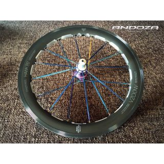 Hawk B2 Carbonized Black Grey with Ti Blue Spoke